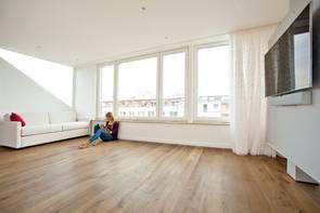 ratgeber holzfu boden pflege und reparatur. Black Bedroom Furniture Sets. Home Design Ideas