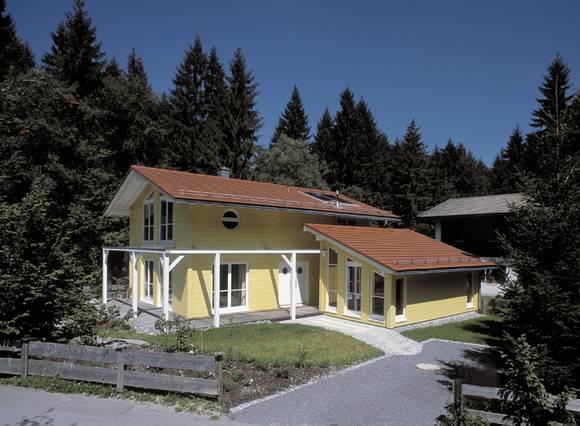 Einfamilienhaus mit galerie die neuesten - Badezimmermobel landhaus gunstig ...