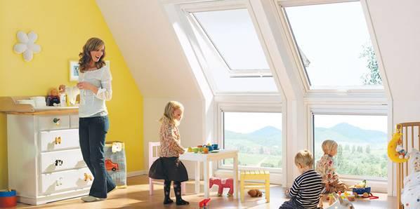 Dach tr ume traumdach dachschmuck dachwohnung for Badideen unterm dach