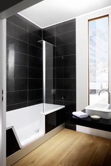 Duschbadewanne stairway  Badewanne und Dusche fürs Bad: Die große Duschbadewanne
