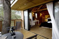 das baumhaus bauen baumhaus bauanleitung f r ein tolles spielhaus. Black Bedroom Furniture Sets. Home Design Ideas