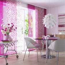 fl chenvorh nge als raumschmuck. Black Bedroom Furniture Sets. Home Design Ideas