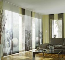 graphische motive am fenster. Black Bedroom Furniture Sets. Home Design Ideas