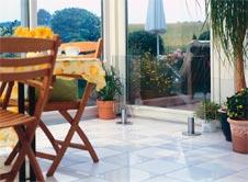 heizk rper aus glas. Black Bedroom Furniture Sets. Home Design Ideas