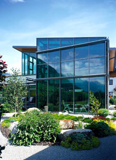 wintergarten mit klimaglas f r ganzj hrig angenehme temperaturen. Black Bedroom Furniture Sets. Home Design Ideas